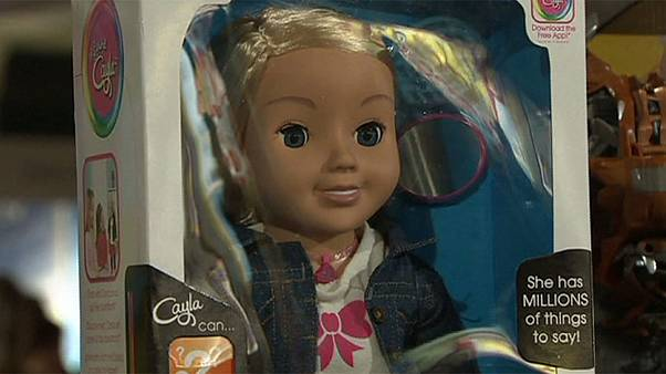 """Alemania prohibe la venta de """"Cayla"""", la muñeca espía"""