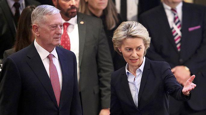 """Mattis rassicura l'Europa: """"Trump appoggia la Nato. Impegno granitico"""""""
