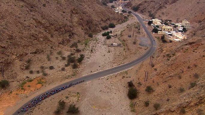 Ciclismo, Tour Oman: trionfa ancora Kristoff, Colbrelli secondo