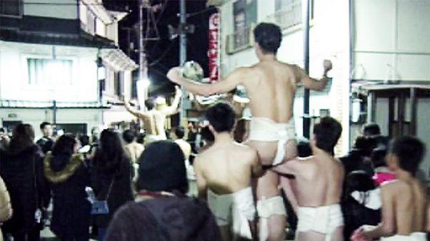 جشنواره مردان لخت در ژاپن