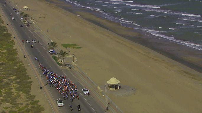 Тур Омана: зеленая майка Кристоффа, итоговая победа Херманса
