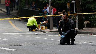 مقتل شرطي وعشرات الجرحى في تفجير عبوة يدوية في بوغوتا