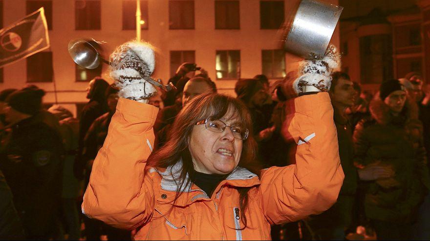 Bielorussia: manifestazione contro Lukashenko e la 'tassa dei parassiti'