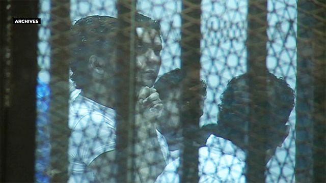 Египет: смертный приговор футбольным фанатам, устроившим давку на стадионе в Порт-Саиде