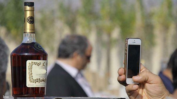 ایران: انتقاد از تبلیغ و فروش آسان اسلحه و مشروبات الکلی در اینترنت
