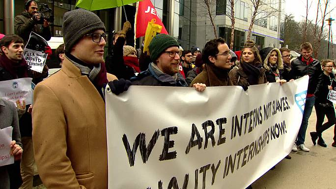 Provedora de Justiça defende salários para estagiários nas delegações da UE