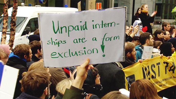 Los becarios del mundo se unen contra las prácticas no remuneradas