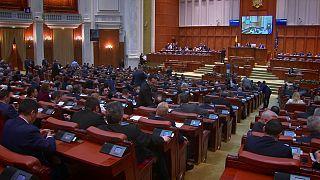 Romania's parliament backs move to bin anti-corruption law