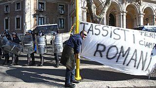 Taxistüntetés: összecsapások Rómában és más nagyvárosokban