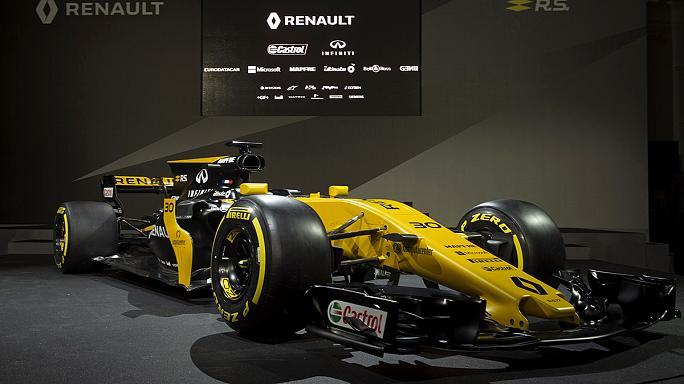F1, Renault presenta la nuova auto