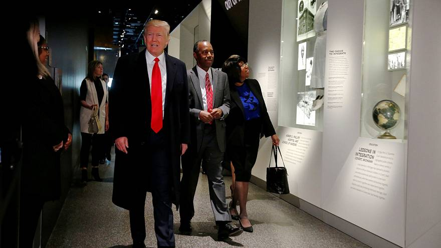 Trump donne presque carte blanche à la police pour expulser les clandestins