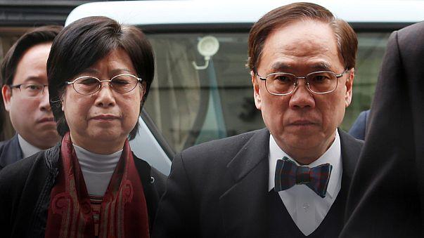 Hong Kong: prison ferme pour l'ancien chef du gouvernement