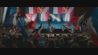""""""" شاي نو""""، فيلم حول تلاعب الأحزاب اليمينية المتطرفة بالجماهير"""