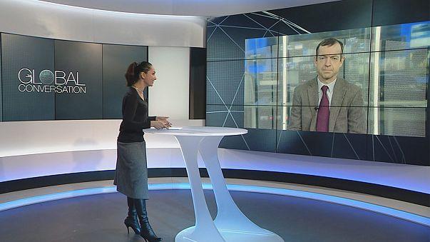 «Ο Τραμπ μπορεί να σώσει το ευρώ» υποστηρίζει ο διευθυντής του Κέντρου Μελετών Ευρωπαϊκής Πολιτικής