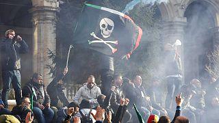 مظاهرات ضد سيارات Uber في ايطاليا