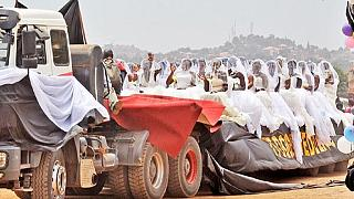 Ugandan mass wedding: 200 brides paraded on 5 flatbed trailers [Photos]