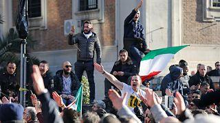 Italie: suspension de la grève des taxis