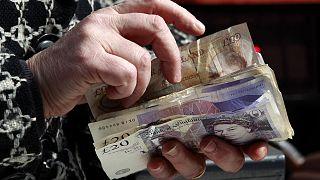 Gyorsabban nőtt a brit gazdaság, mint számították