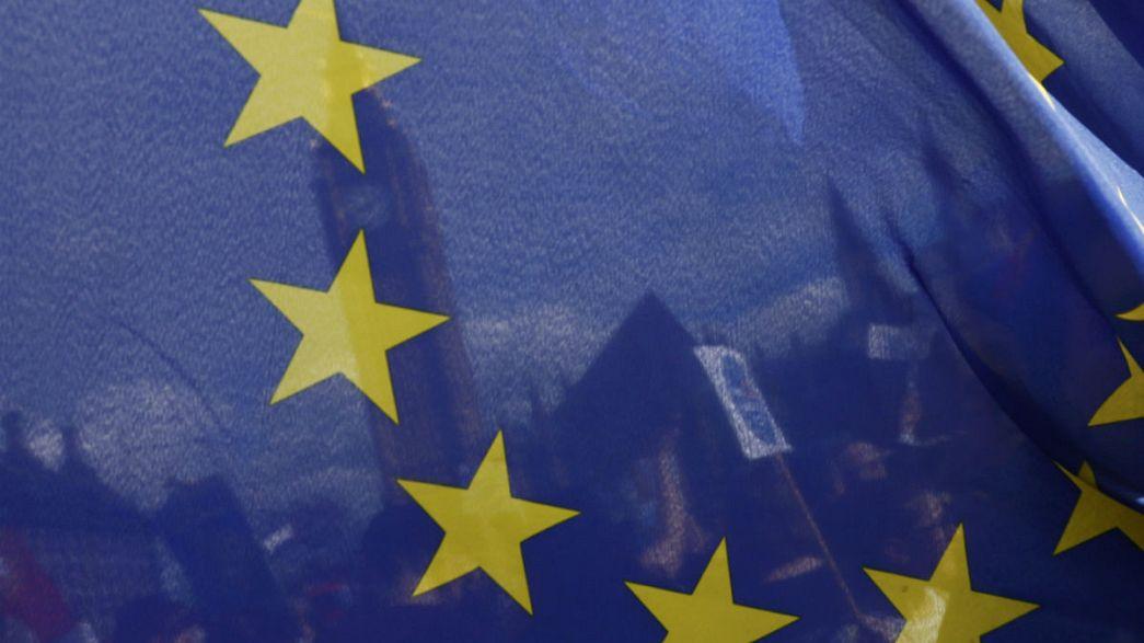 Liberal democratic order is under threat - Guy Verhofstadt