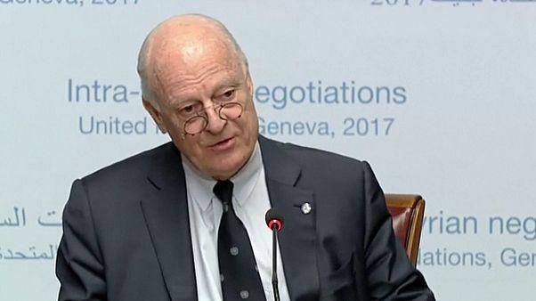 """دي ميستورا يستبعد """"انفراجًا"""" لحل الأزمة السورية في جنيف"""