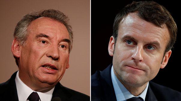 Bayrou visszalép és Macronnal szövetkezik