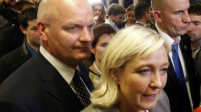 Marine Le Pen'e yakın iki parti çalışanı gözaltına alındı