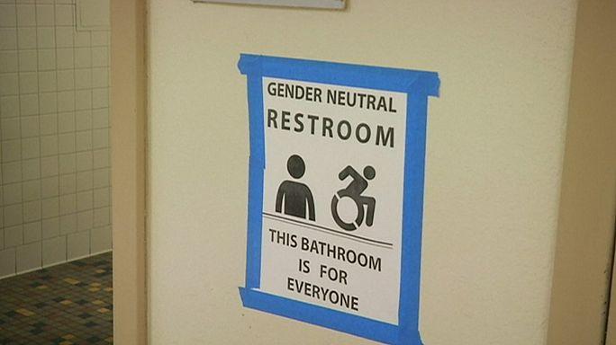 Trump revokes rules on transgender students' use of segregated toilets