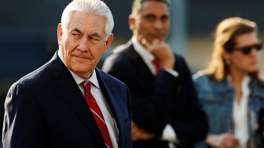 """Tillerson arrives in Mexico on """"mission impossible"""""""