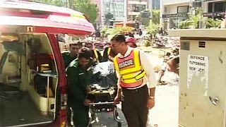 Нове загострення у Пакистані: десятки загиблих і поранених від вибуху в Лахорі