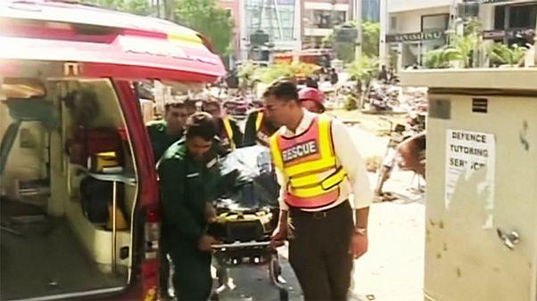 لاهور پاکستان؛ دستکم هشت کشته و بیست زخمی در انفجار بمب در یک مرکز خرید