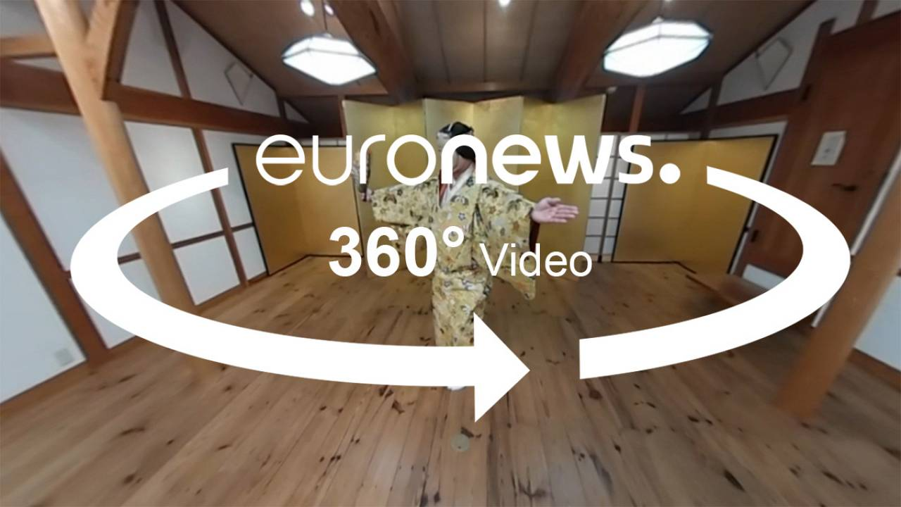 From mochi pounders to colourful kimonos, Japan in 360°