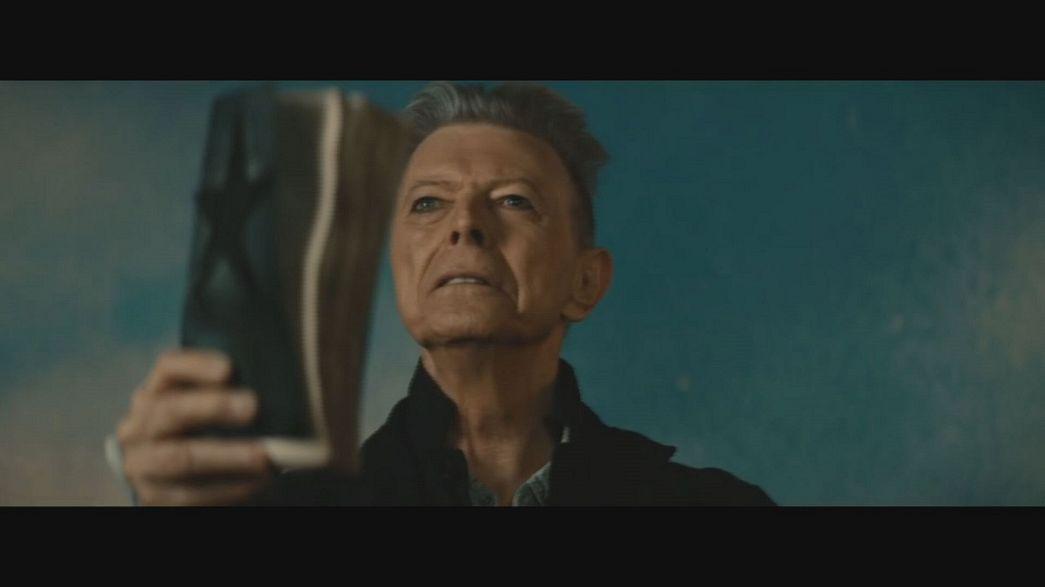Ο Ντέιβιντ Μπόουι νικητής στα Brit Awards