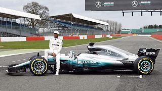 F1: cadono i veli sulla nuova Mercedes
