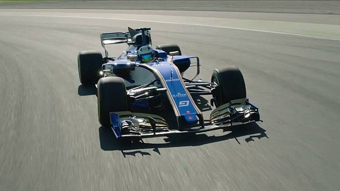 Sauber put new F1 car through its paces