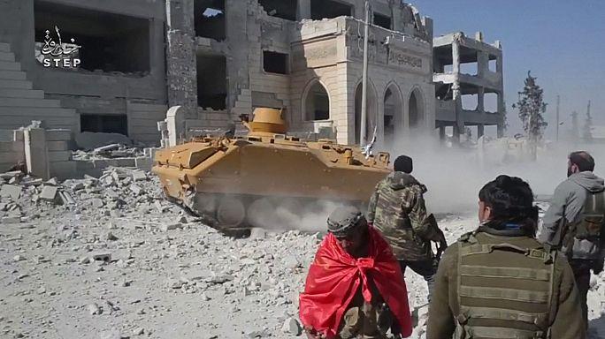 Rebeldes sirios anuncian la conquista de Al Bab