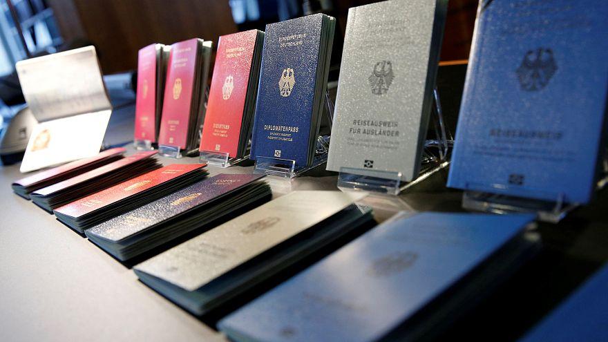 Германия вводит новые загранпаспорта