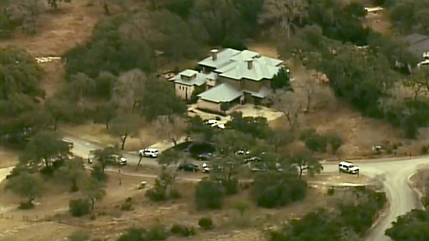 Image: Three people, including two teenagers, were found dead in a San Anto
