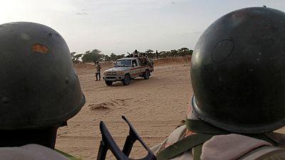 """Quinze soldats nigériens tués dans une attaque """"terroriste"""""""