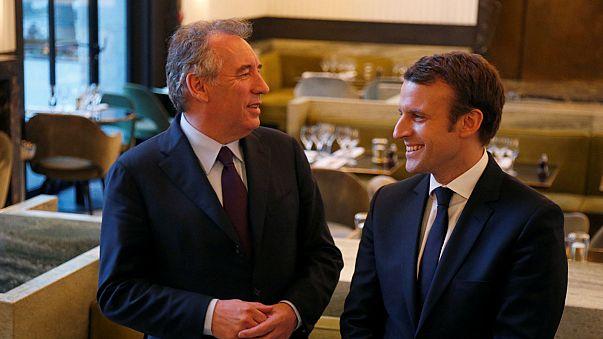 Macron aumenta su intención de voto poco después de su alianza con Bayrou
