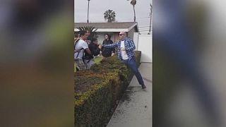 EUA: Polícia dispara sobre adolescentes em Anaheim