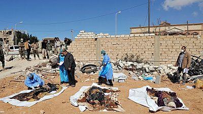 Découverte de plusieurs restes humains à Benghazi, en Libye