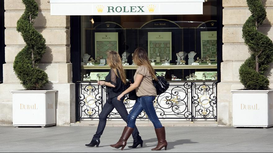 French consumer confidence remains at near 10 year high