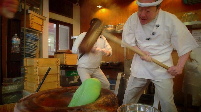 Der schnellste Reiskuchen-Schläger Japans