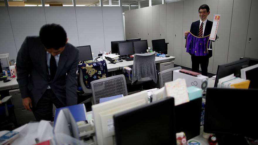 """""""There is a lot of pressure"""" - how """"Premium Friday"""" could help the Japanese"""