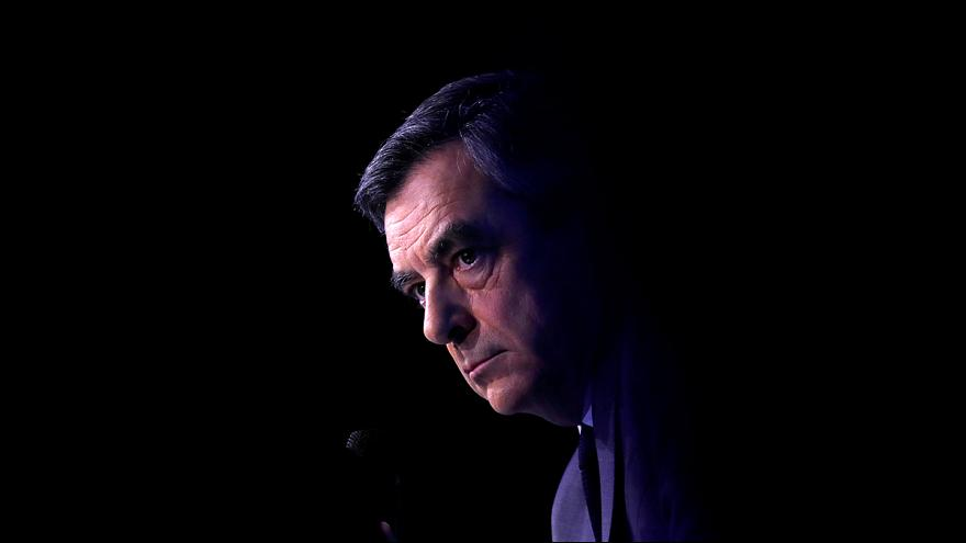 La Fiscalía financiera abre una investigación a Fillon sobre el presunto empleo ficticio de su esposa