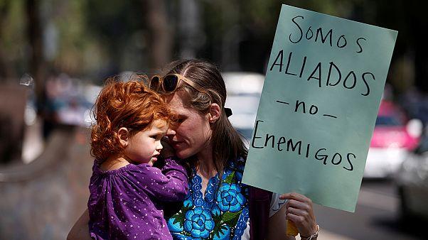 Messico: reagiremo a un'eventuale tassa di confine imposta dagli Stati Uniti per finanziare il muro