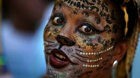 Raucous Rio gets into its carnival rhythm
