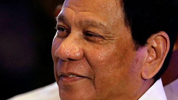 الاحتجاجات في مانيلا ضد سياسة دوترت العسكرية