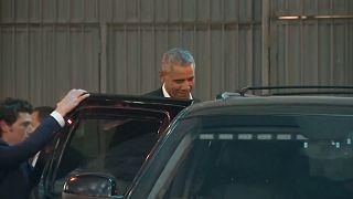 Obama asiste con su hija mayor al teatro en Broadway