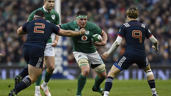 Ireland down France to keep alive Six Nations title hopes